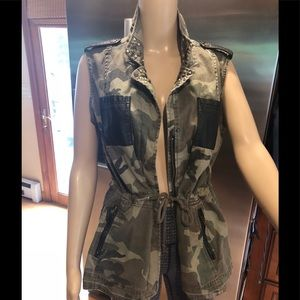 Jackets & Blazers - Beautiful Military green/leather Vest Size Small